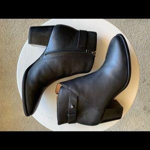 Madewell The Kelci Heel Boot